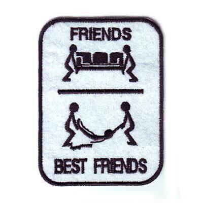 emblema best friends