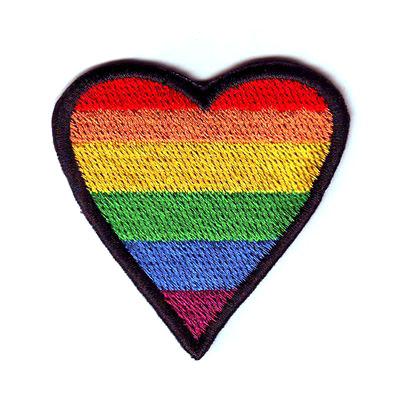 emblema coracao arco iris
