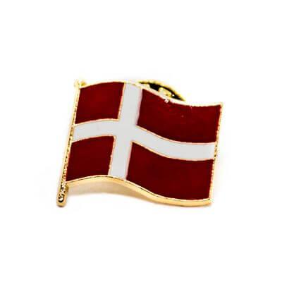 pin bandeira dk
