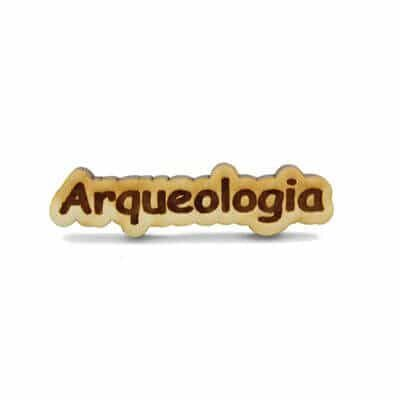 pin madeira arqueologia
